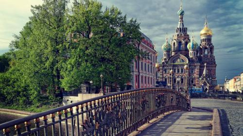 st petersburg russia temple the savior on the spilled blood dome bridge clouds 97337 1920x1080